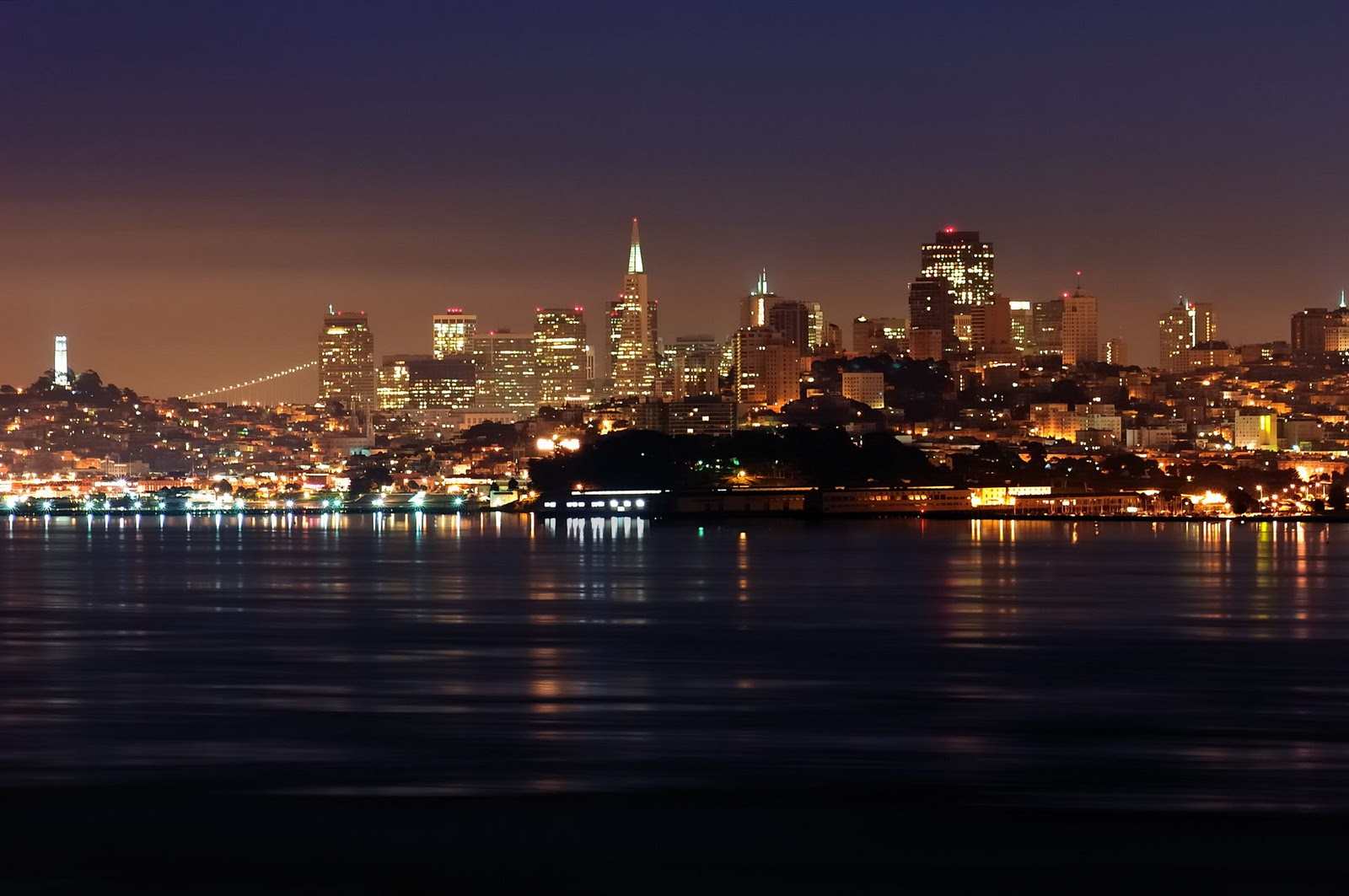 http://4.bp.blogspot.com/_V1YzK-c6WuY/TUwUldjNiFI/AAAAAAAAJuo/4Wdrx-Gh09Q/s1600/San+Francisco.jpg