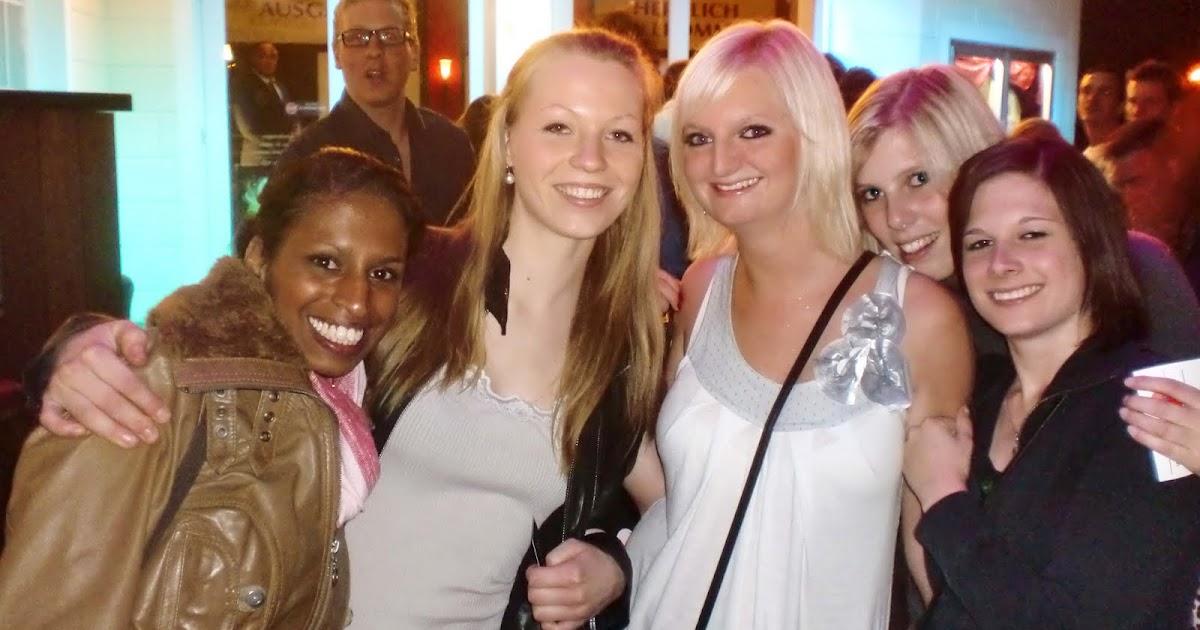housemaedchen: Paderborn Ladies!