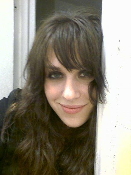 small teen gf brunette