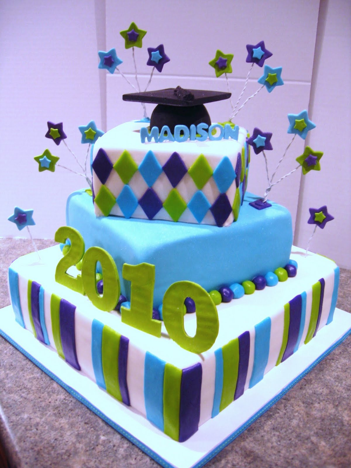 Graduation Cake Images Free : My cakes and treats: Graduation Cakes