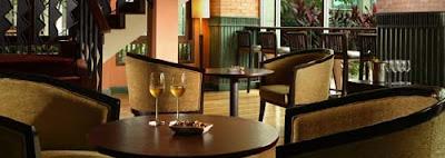 Santika Premiere Jakarta - Jali Jali Lounge & Bar