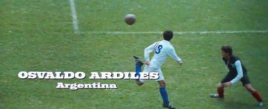 Osvaldo Ardiles en los créditos finales de 'Escape a la victoria', de John Huston