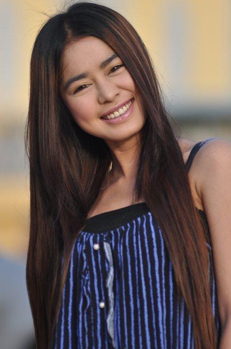 Video love khmer karaoke girls