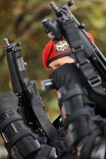 di sangka ternyata indonesia telah memiliki pasukan elit terbaik di ...