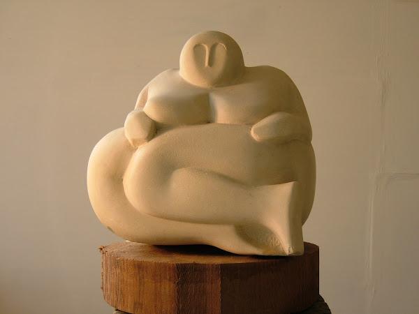 Gozitan Goddess, limestone