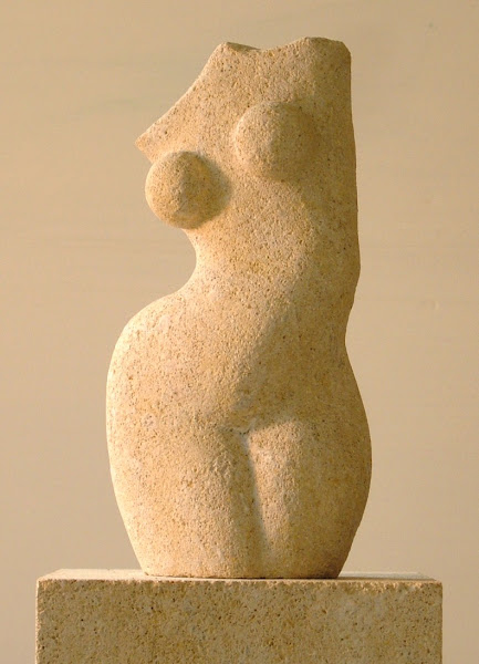 limestone figurine (early)