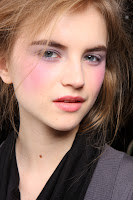 Get Thakoons Pout à Porter Lipstick Today!