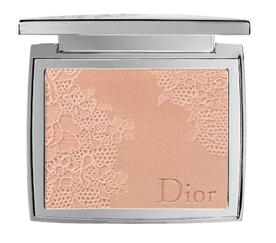 Dior+Lace+Poudrier+Dentelle+Illuminating+Lace Effect+Powder+For+Face+002 Dior: Dentelle Collection for Spring 2010