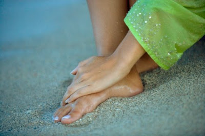 hands+and+feet+in+sand One Step Manicure/Pedicure Winners!!!