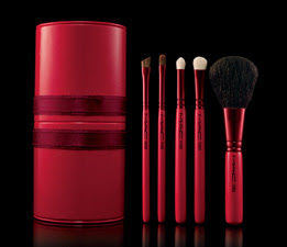 Enchanting+Vermillion+5+Basic+Brush+Set 25% Off MAC Holiday Kits!