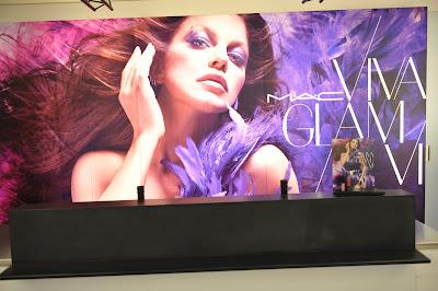 Fergie Unveils New MAC Viva Glam Lipstick