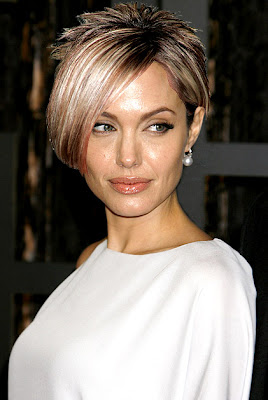 angelina+jolie+with+kate+gosselin+hair What Celebrities Would Look Like With Kate Gosselins Hair!
