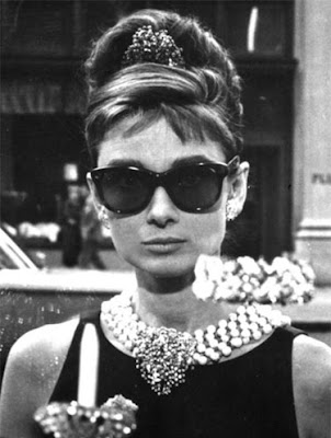 ray+ban+wayfarer+audrey+hepburn Jumping On The Ray Ban Bandwagon