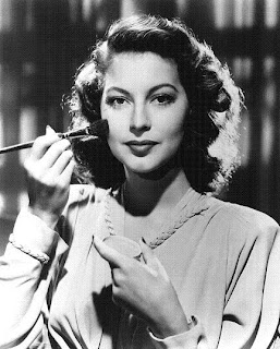 Ava Gardner The Beauty Girls Weekend Read