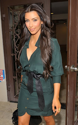 Kim Kardashian Bids Bye Bye to Blonde & Unveils Darker Do