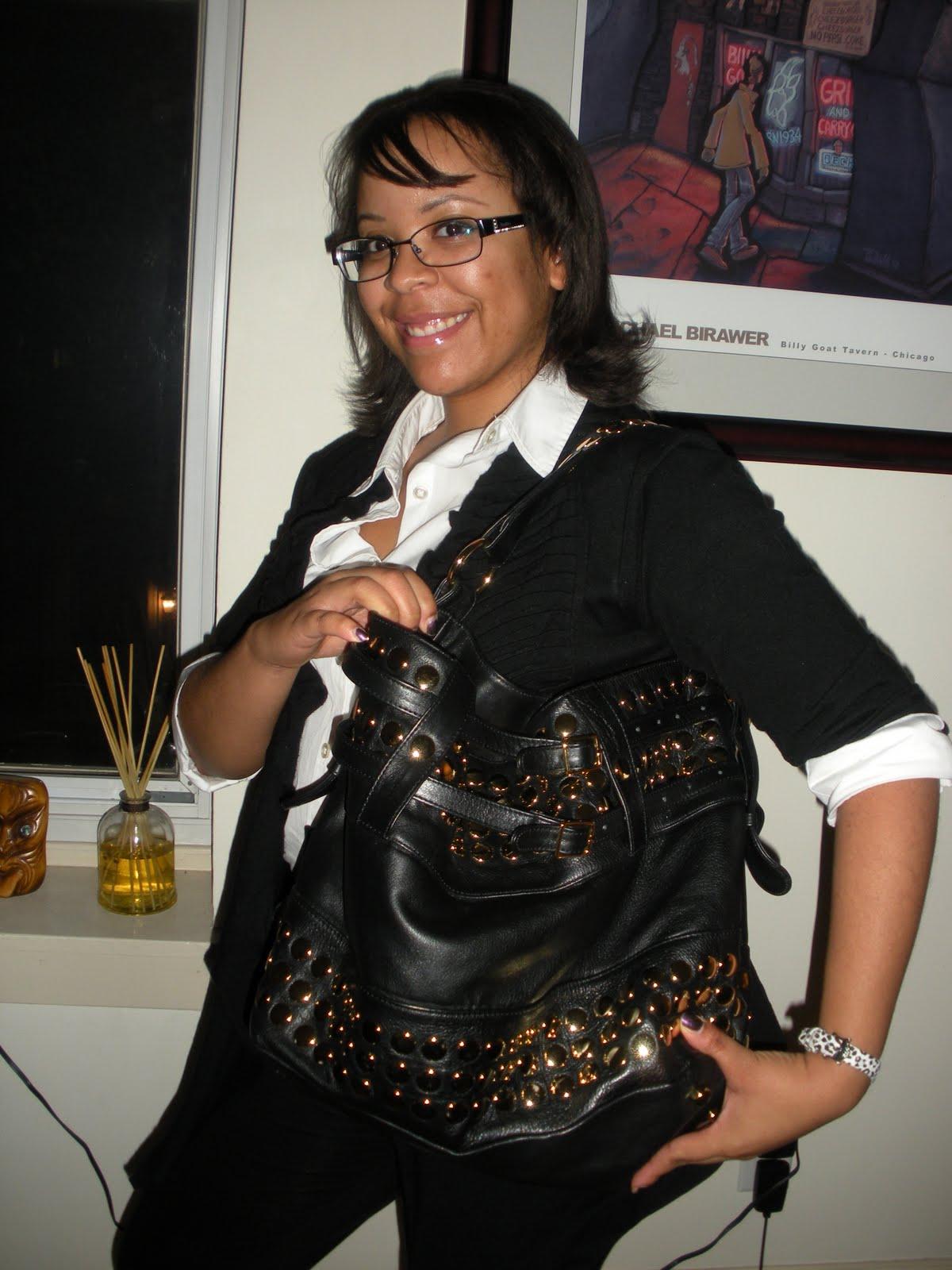 http://4.bp.blogspot.com/_V7lJdZi_T9A/SxBndkh31HI/AAAAAAAAQv0/MGVV59qrKGU/s1600/spoiled+pretty+rebecca+minkoff+stud+devote.JPG