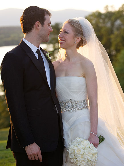 chelsea+clinton+wedding+hair+3 Get Chelsea Clintons Wedding Hair!