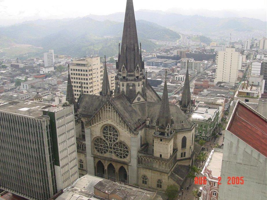 DESDE MANIZALES-COLOMBIA
