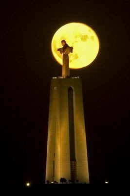 Cristo Rei, Almada
