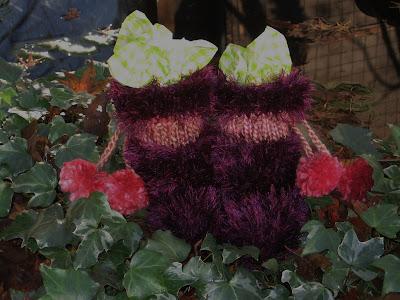 Wool La Lah Babys First Mukluks A Free Knitting Pattern