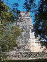 Zona arqueológica Xpujil (dale clic para visitar)