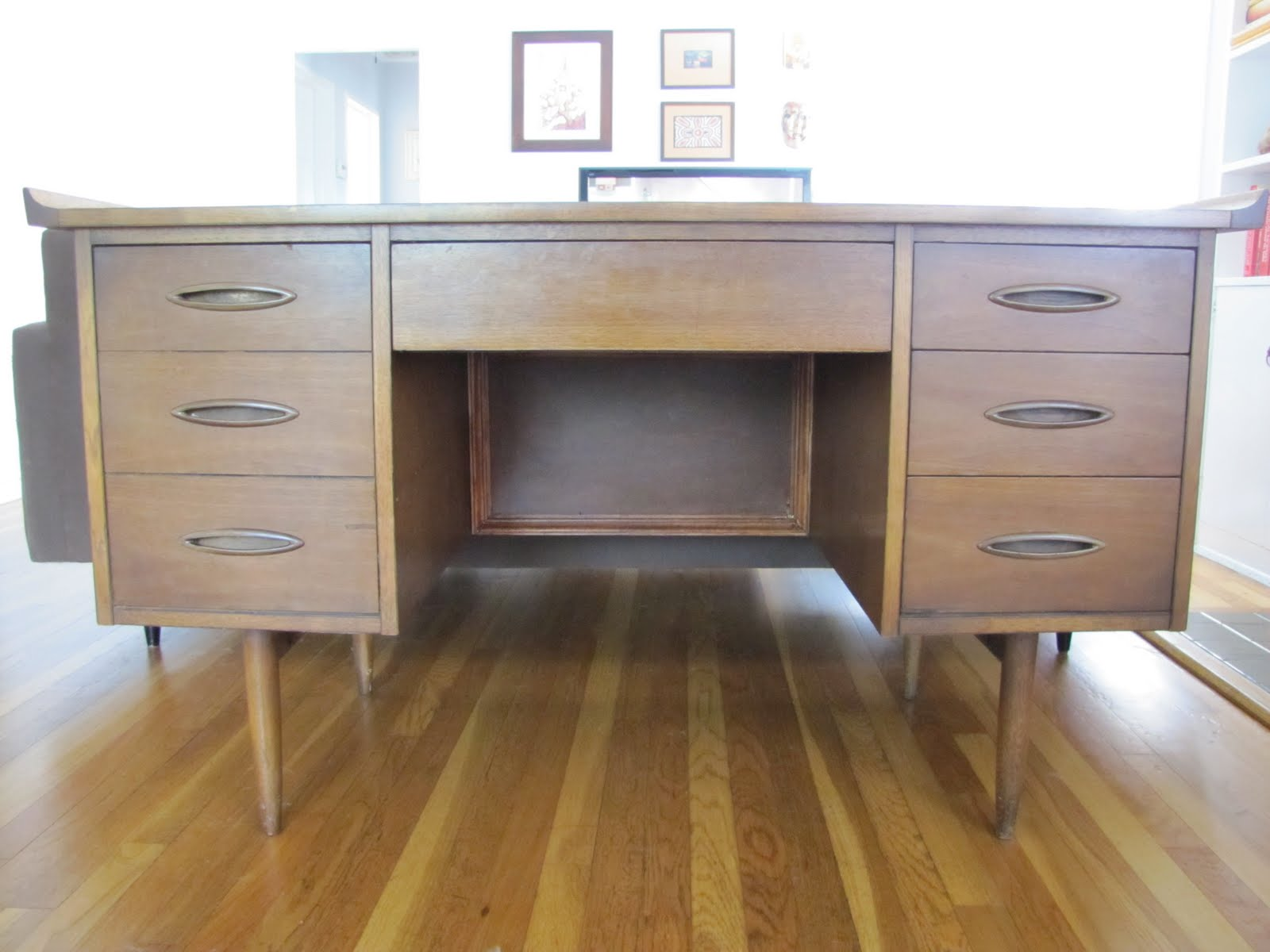 mad for mid century broyhill sculptra desk