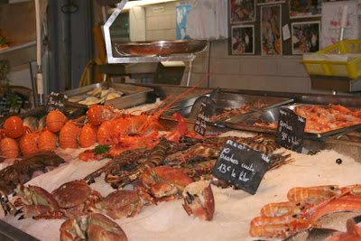 lobsters and crabs for sale
