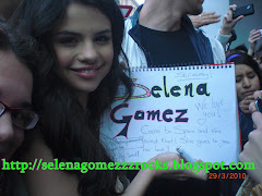 Selena Gomez in Madrid with the link of this blog :)
