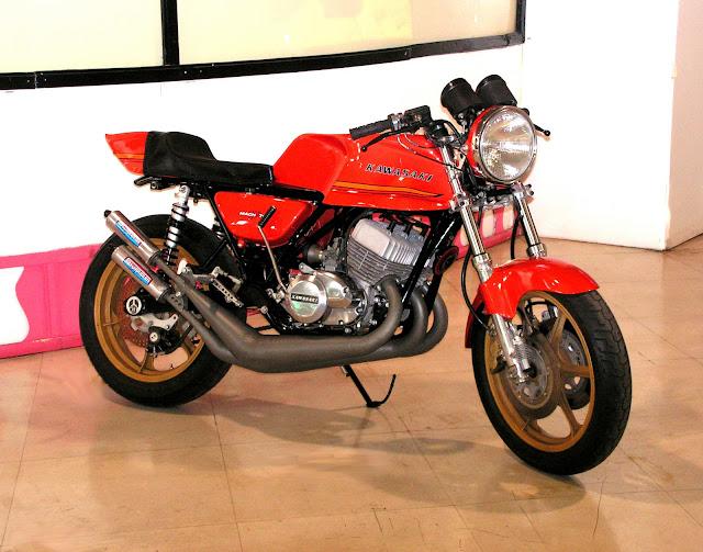 K-WA Boot%2527s+73+H2+Showbike+%2540+SD+Auto+Museum++03-31-06+retouched