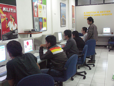 HelloMotion Academy Kursus Desain Animasi, Animasi 2D, Animasi 3D, Digital Imaging, Motion Graphic, Graphic Design, Editing berkualitas terbaik di Jakarta
