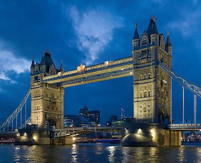 tower-bridge-twilight
