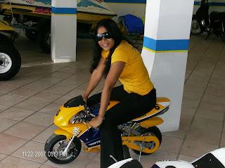 Mulheres em mini moto, gostosa em mini moto, mulher sensual em mini moto, Mulher semi nua em moto, babes on bike, Women on mini bike, sexy on bike, sexy on motorcycle, babes on bike, ragazza in mini moto, donna calda in moto,femme chaude sur la moto,mujer caliente en motocicleta, chica en moto, heiße Frau auf dem Motorrad