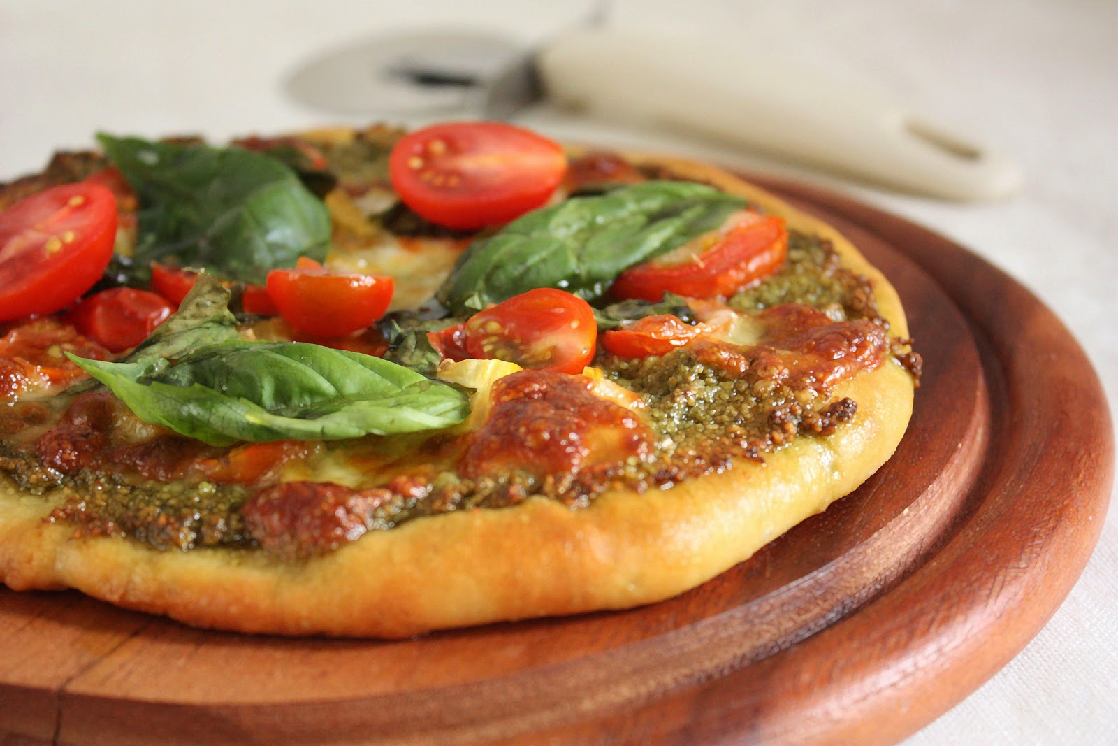 Cherry on a Cake: A PESTO PIZZA WITH JAMIE OLIVER'S PIZZA ...