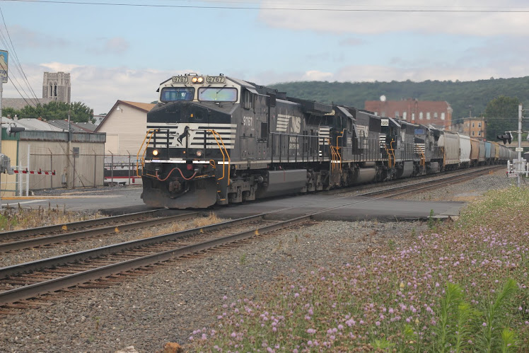 Train in Emmaus
