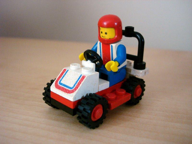 [LEGO6609_RaceCar_1983]