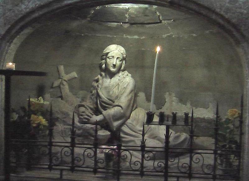 Cofrad a cristo del perd n y mar a magdalena la tumba de for Garage santamaria saint maximin