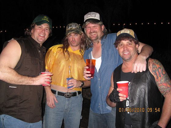 2010 White Trash Bash Pics! CLICK ON PIC