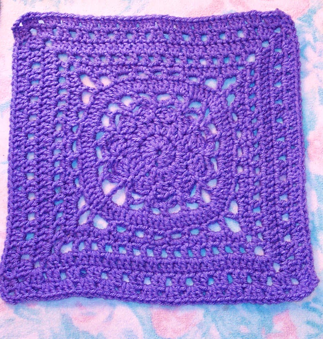 Knitting Patterns For 12 Inch Squares : SmoothFox Crochet and Knit: SmoothFoxs Amethyst Square 12x12