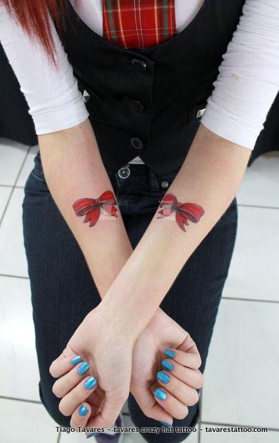 tattoos femininas. por tavares crazy hat tattoo