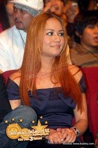 Maya Karin Blonde