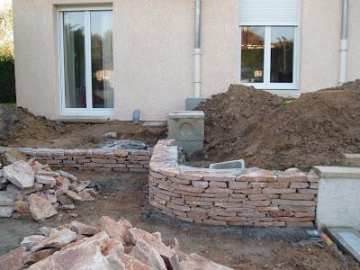 les hinschburdin le petit mur en pierre s che. Black Bedroom Furniture Sets. Home Design Ideas