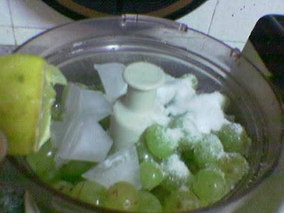 عصير العنب الابيض ............ بالصور  5