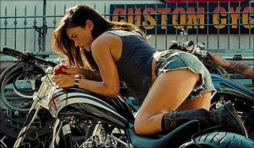 Transformer puajj dijo el director Megan_fox_transformers_2%255B1%255D
