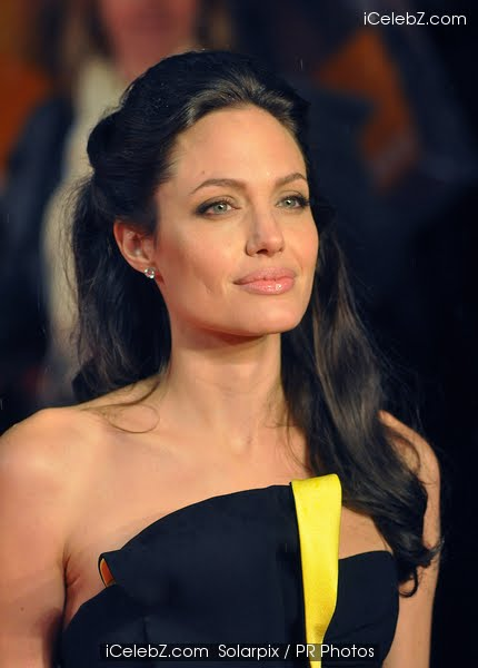 angelina jolie hair tourist. Angelina Jolie#39;s daughter