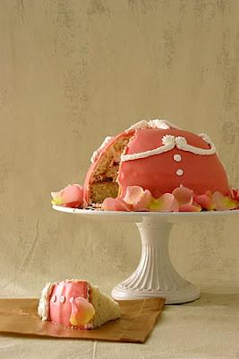 http://4.bp.blogspot.com/_VZFsgIXRCIM/TTYvEBOmkhI/AAAAAAAAOUQ/IornpFTGVU0/s1600/rose_cake.jpg