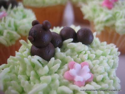 caterpillar cakes for kids. Mini Caterpillar Cupcakes