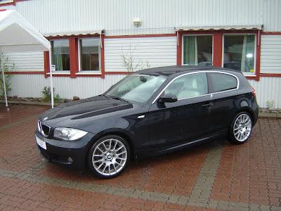 black BMW 1 Series e81