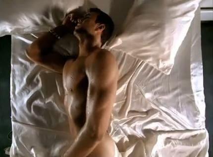 video gratis hombre famoso desnudo: