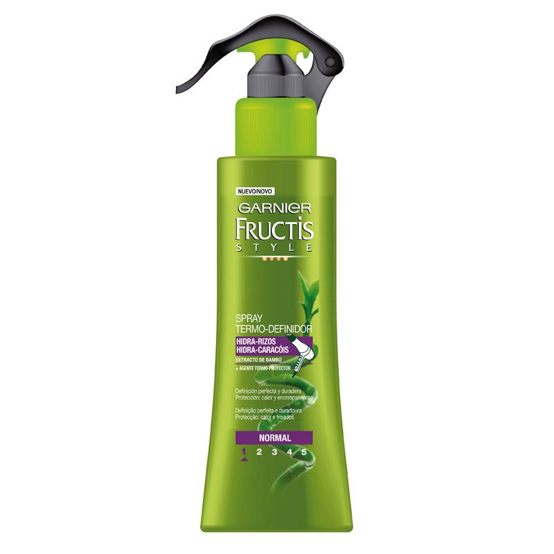 Su fórmula con extracto de bambú y agente protector de calor, aporta la protección que el cabello necesita cuando se expone al calor del secador o la