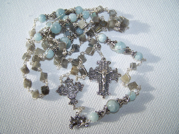 No.  56.  Twin Doves Rosary- ( NEW )